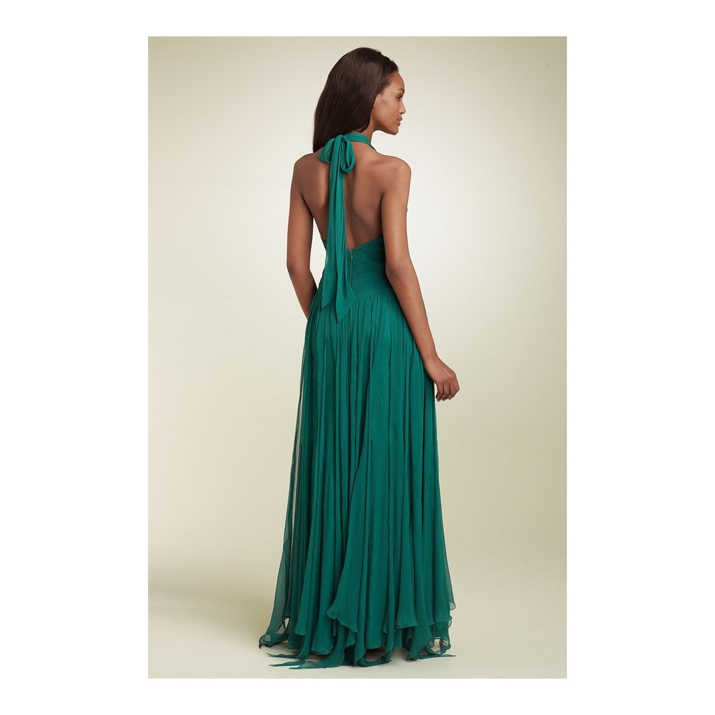 Šifónové plesové šaty